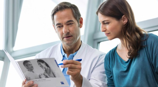 6 Must-Ask Questions for Your LASIK Surgeon