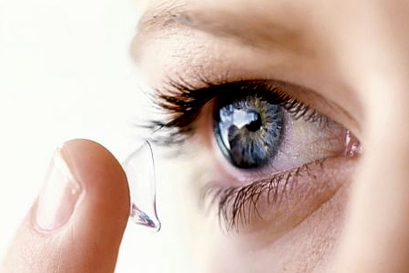 Contact Lens Wearers Carry A Bad Eye Bacteria That Non Users Do Not Have